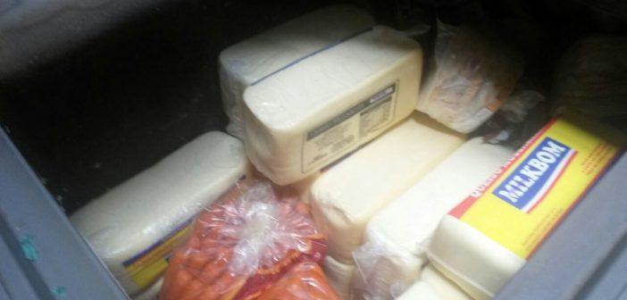 Vigilância Sanitária apreende 260 quilos de frios clandestinos em Brotas